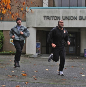 Club Vet ran the first mile together to kick off the Freedom Run at Edmonds Community College.